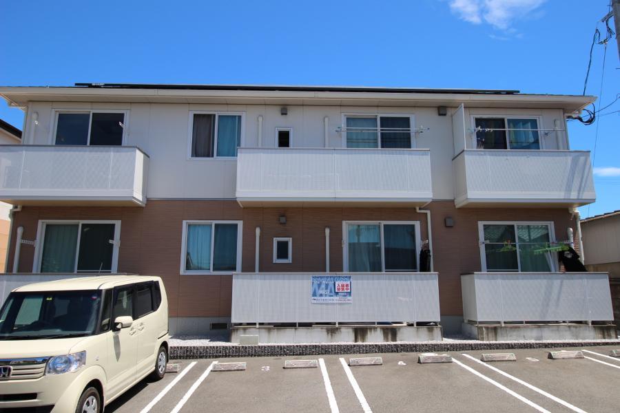 クラヴィエ波島 201号室